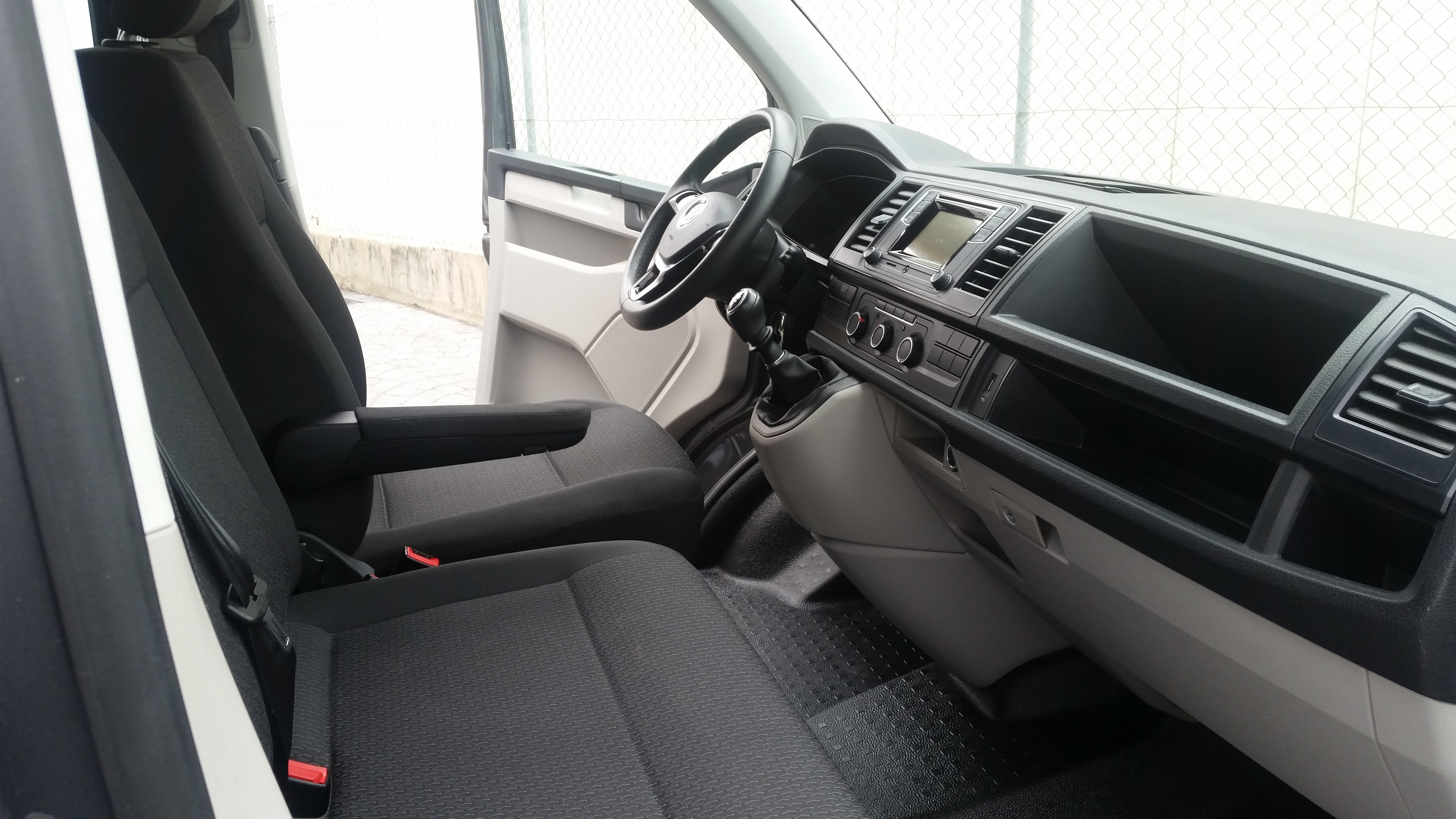 Volkswagen Caravelle Trendline Corto 20 Tdi 2783000 Siles